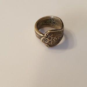 🎃5/$25  Vintage Spoon ring